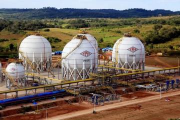 El Estado ha apostado por la industrialización del gas natural con proyectos de gran magnitud, como la planta de Gran Chaco